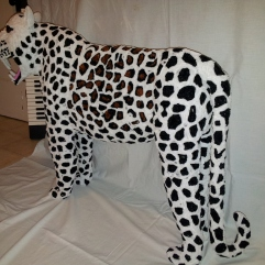 Completed pipe cleaner leopard