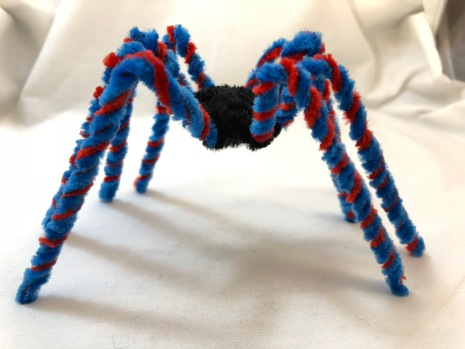 easy pipe cleaner spider side view