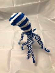 Completed pipe cleaner octopus side view