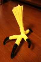 pipe cleaner eagle leg construction
