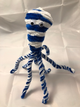 Completed pipe cleaner octopus