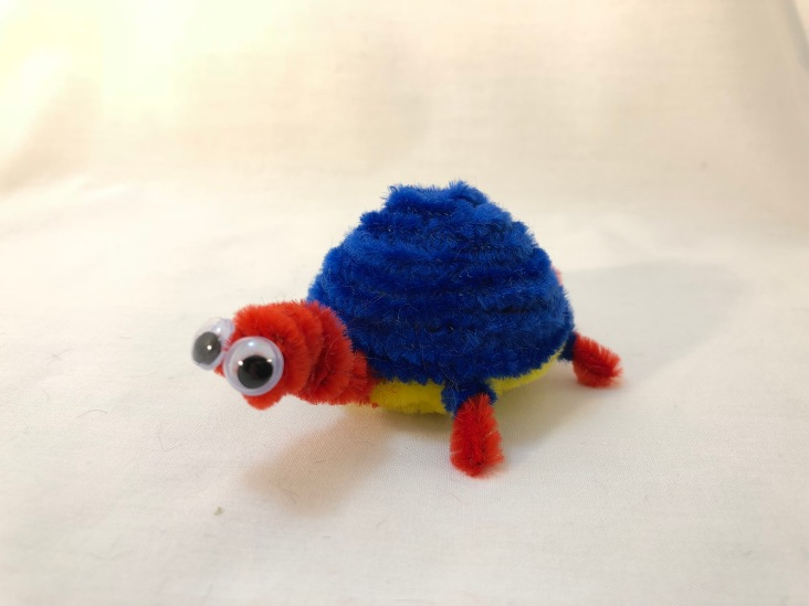 Alternate pipe cleaner turtle view